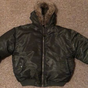 Size L/XL army green puffy bomber jacket